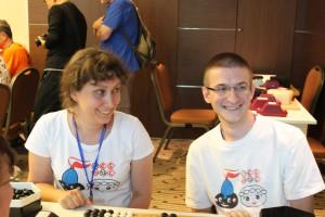 Svetlana und Mihhail kommen weiter und erkämpfen sich später den ersten Platz in der Hauptgruppe